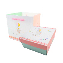 【香貝里】心心象印禮盒 / 彌月禮盒 / 餐盒 / 伴手禮 / 附提袋 / 蝴蝶酥 / 手工餅乾